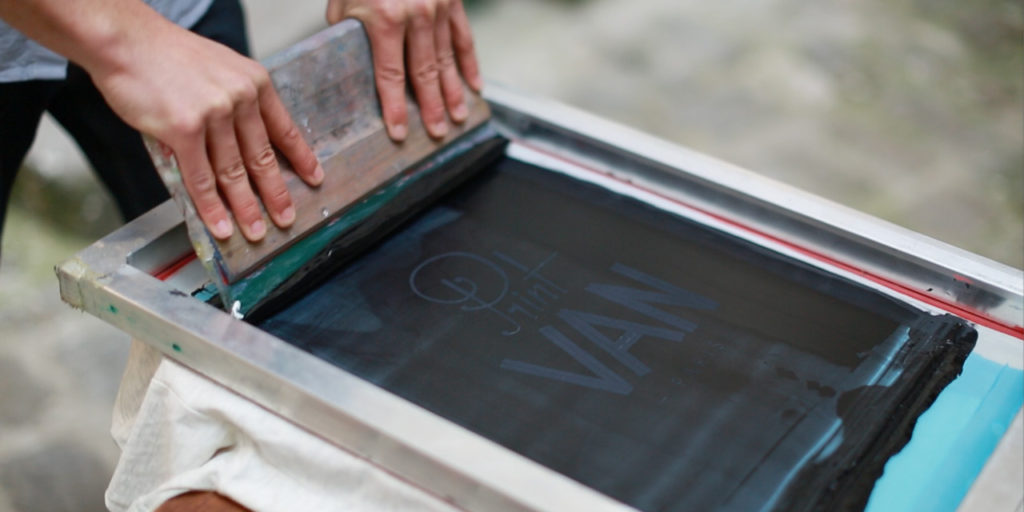 Screen printing vs digital printing create a tee for Make your own screen print shirt